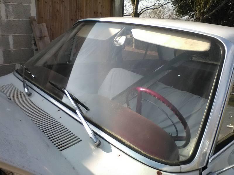 pare brise ref pbp5 charron automobile vente de pi ces pour anciens mod le ford. Black Bedroom Furniture Sets. Home Design Ideas